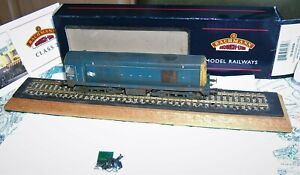 *Very Rare! BACHMANN 32-035DS Class 20 DIESEL 20054 BR Blue w/ Disc OO WEATHERED