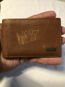 FOSSIL Gentlemans Small Tan Brown Leather Bifold Wallet Id Wallet.