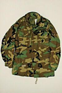 U.S. ARMY M81 WOODLAND CAMO M65 FIELD JACKET DATED 1983 SIZE SMALL LONG