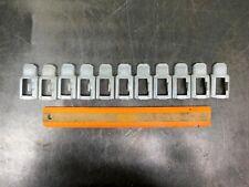 Lyon 8000 Series Shelving Clip Industrial Shelf Retainer Lot Of 11 Lyons