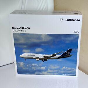 1:200 Lufthansa Boeing B747-400 D-ABVM 559485 Herpa DIECAST HE559485