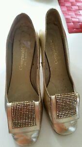 Vintage golden heels with glow mesh