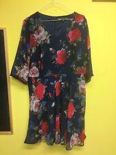 Gorgeous Ladies Mini Dress, Size 16
