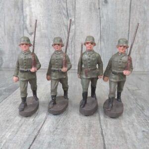 ELASTOLIN - Massefigur - 4 tlg. Konvolut Soldaten marschierend - #C35843