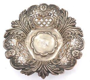 1901 ART NOUVEAU ENGLISH STERLING SILVER SMALL PIERCED SWEETS DISH / BOWL.