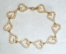 Un BEL Braccialetto D'argento dorato con sezioni a forma di CUORE & White Cubic Zirconi