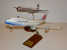 Skymarks 1:200 China Airlines Boeing 747-400 B-18201 + FREE YS-11 Old Livery