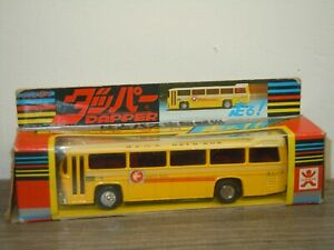 Hato Bus - Bandai Japen - With Friction Engine - in Box *39308