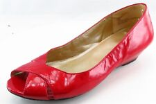 Me Too Peep Toe Red Patent Leather Women Shoes Size 7 Medium (B, M)