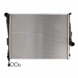 Kühler, Motorkühlung NISSENS 60782A