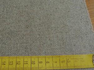 5,35 Meter  edler Wollstoff Fischgrat, heller, leicht erdiger Sandton 100% SW