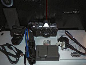 Olympus OM-D E-M5 Mark II 16.1 MP Digital SLR Camera -Silver bocy + 32GB SD card