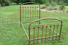 lit ancien en fer, 1800 x 900