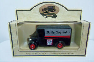 LLEDO PROMOTIONAL MODEL 1934 Dennis Parcels Van LP16-105A Daily Express