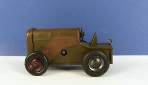 TRIANG MINIC TINPLATE CLOCKWORK 11MCF CAMOUFLAGED ARMY TRACTOR