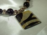 Vintage 1980's Parklane Signed Gold Glitter Zebra Lucite Black Necklace  180J9