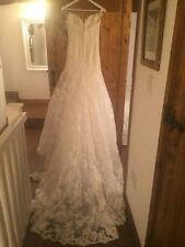 Enzoani Lace Wedding Dresses