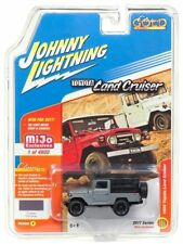1/64 JOHNNY LIGHTNING 1980 TOYOTA LAND CRUISER GREY