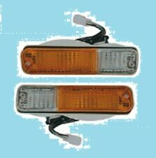 FITS DATSUN NISSAN URVAN E23 MODEL 1980 86 VAN FRONT BUMPER TURN LIGHTS PAIR L R