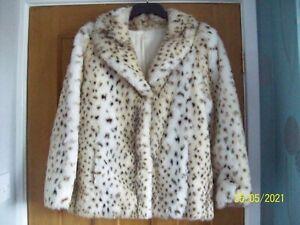 Vintage ASTRAKA Snow Leopard Faux Fur Jacket Coat size 10