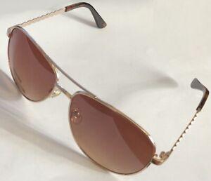 Classic Designed Unknow Brand Sunglasses 57-17-140 B:52 Gold Tone Frame