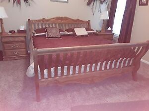KING SIZE SOLID OAK BEDROOM SET