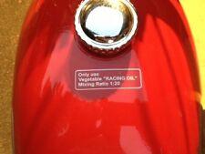 """HUSQVARNA 250 Cruz de Cruz de 400 tanque de gasolina """"sólo utilice VEGATABLE Aceite de Carreras"""" Calcomanía"""
