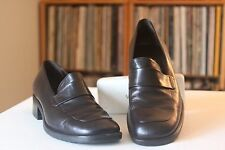 Bally Fallan Black Leather 1 1/2 Inch Heel Loafers Sz 6 M Made In Italy