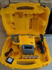 Spectra Precision LL300N Heavy Duty  Self Leveling Laser&HL450 Receiver