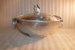 Vintage Hammered Aluminum Casserole Dish Holder with Lid and extra holder