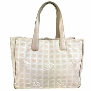 100% Authentic Chanel New Travel Line Nylon SHOULDER BAG BEIGE [USED] {07-0192}