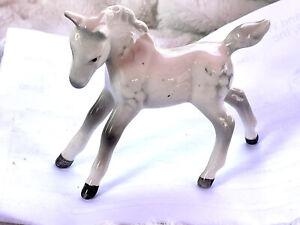 Beswick England, with mark on bottom, Figurine, foal white gray dappled