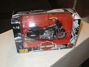 Maisto Motorcycle 1:18 FLHT ELECTRA GLIDE STANDARD 1997 Harley Davidson 31360