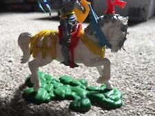 Britains Swoppet Knight Very Rare White Charging Horse In Excellent Condition