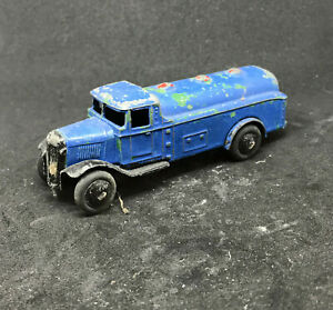 Dinky Toys - 25d Petrol Tanker Die-cast Model Pre-war Smooth Hubs Open Chassis