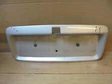 VAUXHALL VECTRA B FACELIFT 1999-2002 HATCH NUMBER PLATE HOLDER / SURROUND SILVER