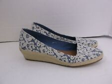 Lucky Brand Shoes Blue White Floral size 9.5 jute wedge