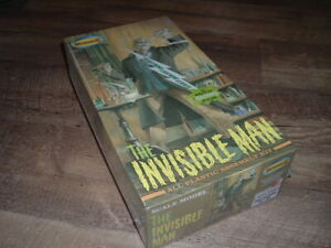 * Moebius INVISIBLE MAN 2008 Chiller Exclusive Frightening Lightning glow NEW *