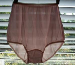 Vintage JC PENNEY Granny Panties Nylon Mushroom gusset SIZE 38 NOS PINK