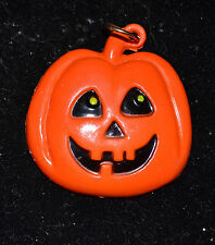 FUN WORLD - PLASTIC JACK-O-LATERN PENDANT - NO CHAIN