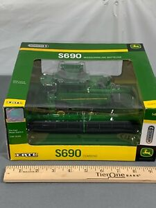 John Deere S690 Combine #3 Authentics Series By Ertl 1:64 NIB precision prestige