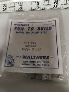 Walthers Fun To Build Kit 941-819 Chairs O and HO