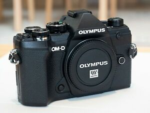 Olympus OM-D E-M5 Mark III 20.4MP Body Only Mirrorless Camera - Black Excellent