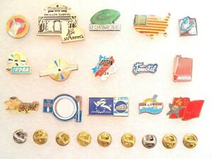 Lot of 15 different Pins, badge. Sports, clubs, etc.