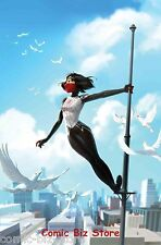 SILK #19 (201) 1ST PRINTING BAGGED & BOARDED