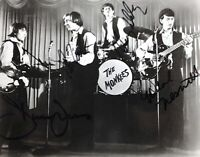The Monkees Hand Signed Band Photo Autograph x4 Davy Micky Peter Mike 8x10 COA