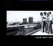 Original Aspect Ratio / Original Aspect Ratio - MINT