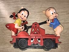 Lionel New No Box Porky Pig and Petunia Figure Handcart