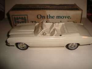 AMT 1970 Chevy Chevelle Convertible Dealer Promo Model Car With Box