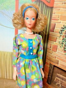 Vintage Mattel Mod Era Quick Curl Barbie